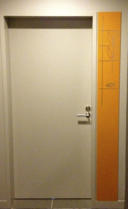 http://www.acdoors.com.au/images/made/images/products/2108_Yarras_edge_1Hr_MDF_apartment_entry_door_2_438_711_90.jpg